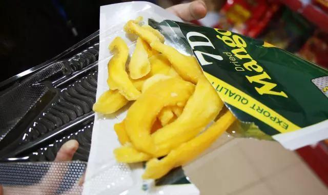这款越南榴莲饼一定是信宜榴莲疯狂粉最爱!