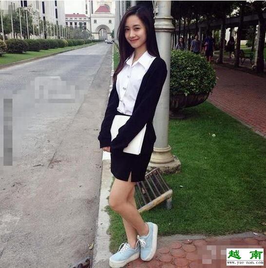 这位越南妹子目前是在泰国发展,就读一间泰国易三仓大学(Assumption
