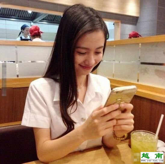 图为越南奶茶妹。[!--empirenews.page--]