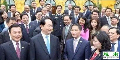"""越南国家主席陈大光会见荣获""""越南国家"""