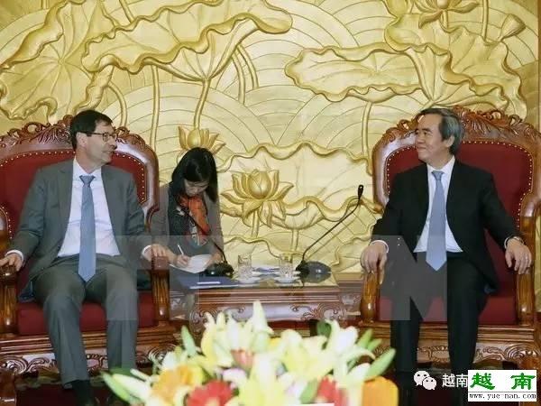 越南:越共中央经济部部长阮文平会见国