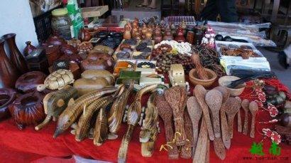 越南特产工艺品吊坠都是什么材料做的?